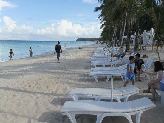 Henann Regency Resort & Spa: ビーチ
