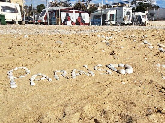 Camping Playa Paraiso: El Camping desde la Playa Paraíso