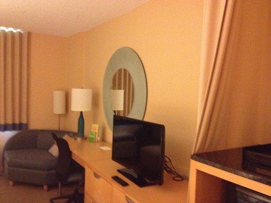 La Quinta Inn & Suites Sunrise: Quarto