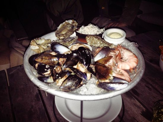 The Boundary Restaurant: Fruits the mer portion to share