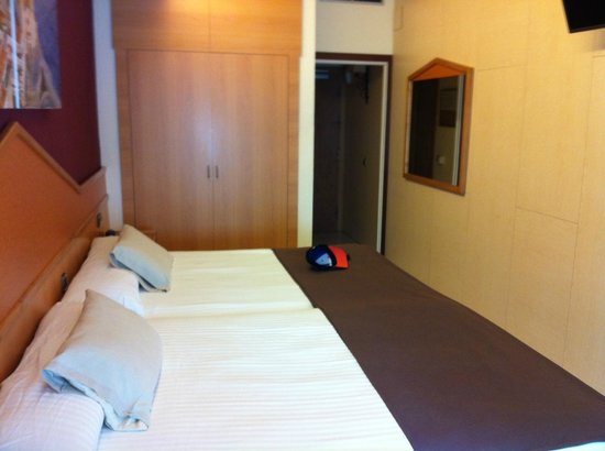 Hotel Galeon : Twin room