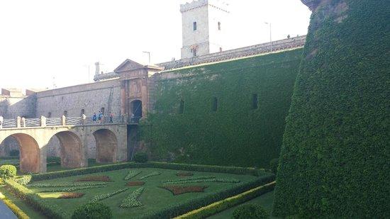 Parc de Montjuic: Castillo de Montjuic!!