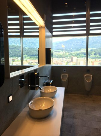 Adlers Hotel: Toilets on the Top Floor