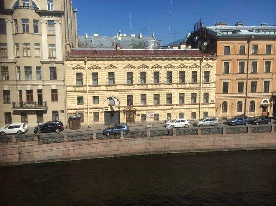Pushka Inn Hotel: Вид из окна, 3 этаж без балкона, номер Комфорт