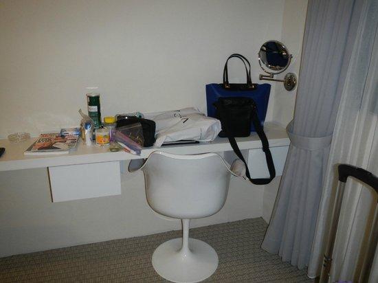 Hotel Innotel: Table