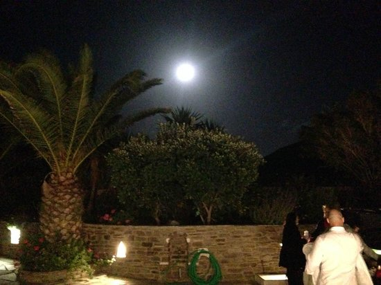 Pyrgaki Hotel: Full moon