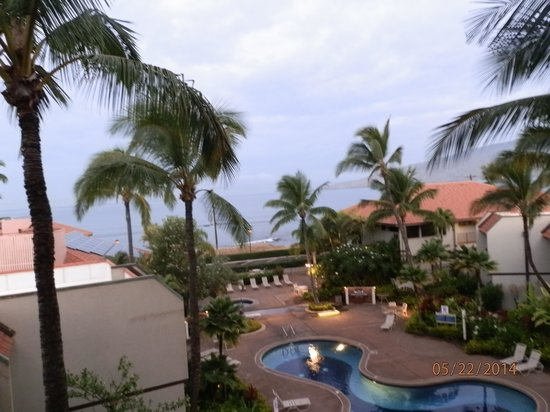 Maui Beach Vacation Club : Balcony view