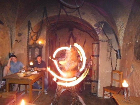Tavern U Krale Brabantskeho: Fire show..!