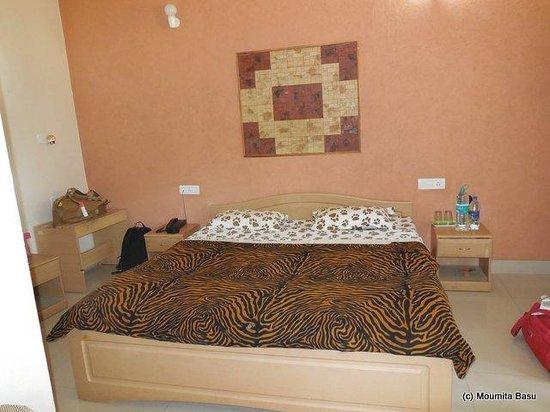 Baghira Log Huts: AC Bedroom