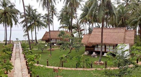 Ary's Lagoon Bungalow & Hotel