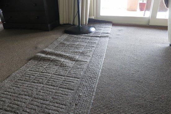 Blue Gum Country Estate: Carpets