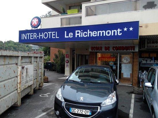 Ibis Styles Meaux Centre: Hotel Entrance