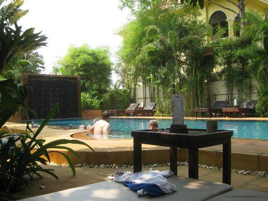 Pavillon d'Orient Boutique-Hotel : the second pool