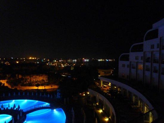 Side Prenses Resort & Spa Hotel: View at night
