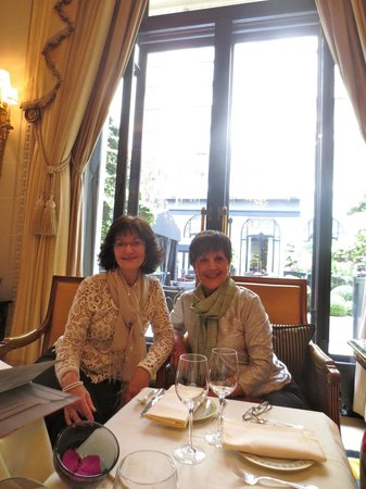 Four Seasons Hotel George V Paris: Two of us having a wonderful time