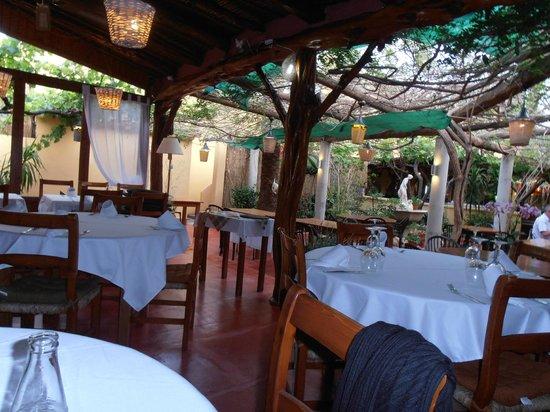 Restaurante Ca Na Ribes : Inside