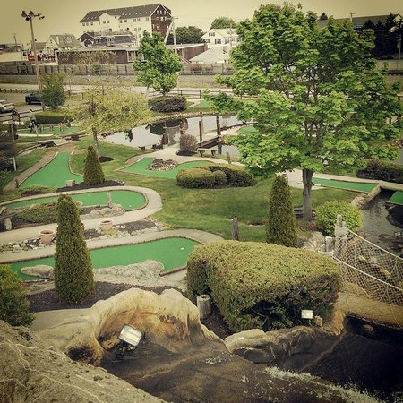Old Orchard Beach, ME: Mini-Putt