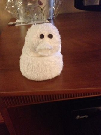 Wingate by Wyndham Springfield: towel duck so cute