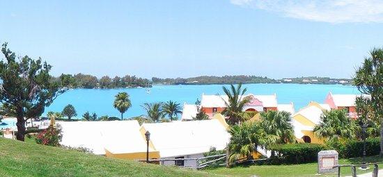 Grotto Bay Beach Resort & Spa: Panoramic view of the resort