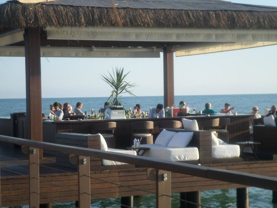 Gloria Serenity Resort: Fantastic Pier Bar