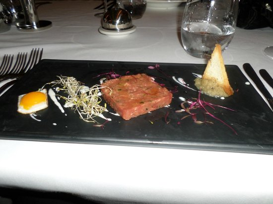 Gloria Serenity Resort: Steak Tatare in the French
