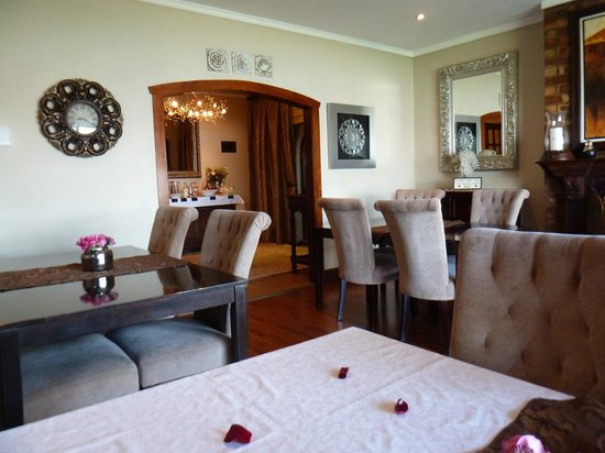 Stirling Manor Boutique Guest House & Conference Facility: Dining/Breakfast room