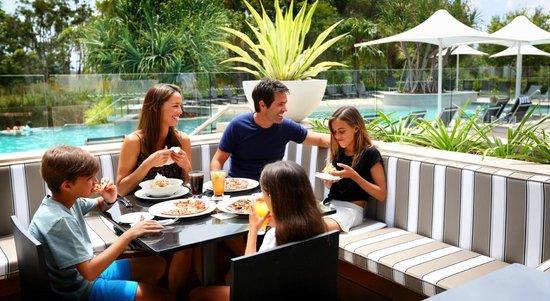 RACV Noosa Resort: Enjoy a wood-fired pizza on the bar terrace