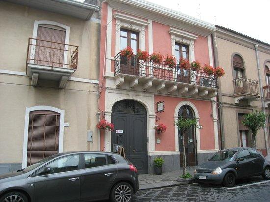 Villa Rosa  Etna Bed & Breakfast : Villa Rosa Bed and Breakfast