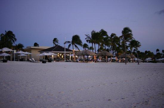 Bucuti & Tara Beach Resort Aruba: Night time shot of the resort