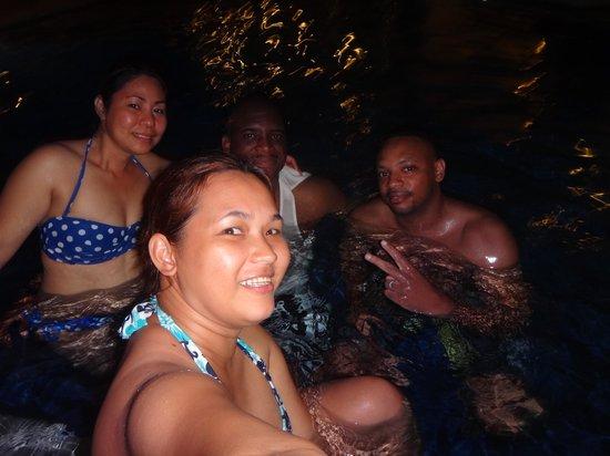 Henann Garden Resort: Late Swim w/Friends