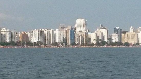 Beach Edge Gardens : Praia de Santos vista do mar