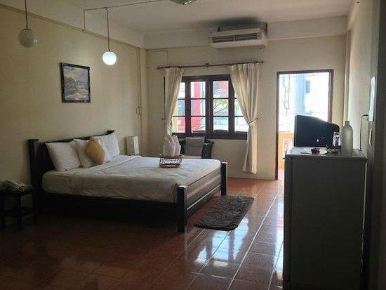 Budchadhakham Hotel照片