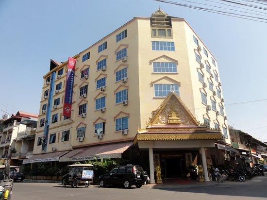 Angkor International Hotel: アンコール インターナショナル ホテル(外観)