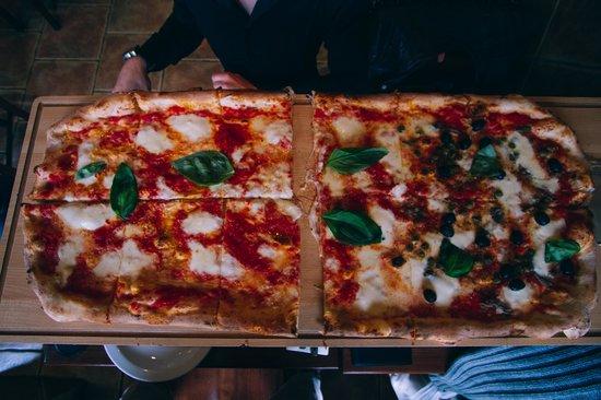 Pizza Metro Pizza: 75 cm pizza