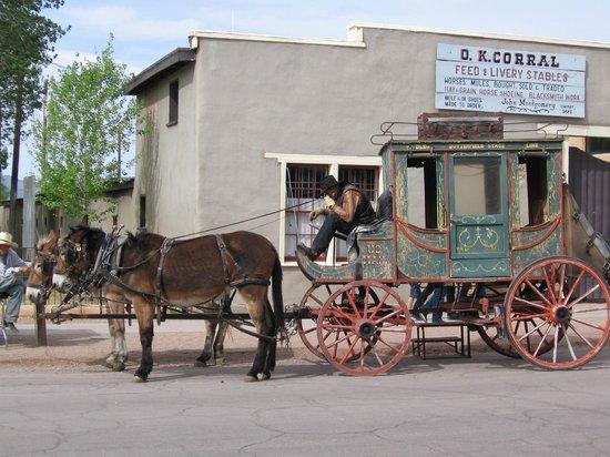 Allen Street : Stagecoach - Tombstone