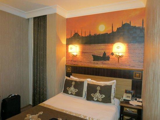 The Byzantium Hotel & Suites: в номере