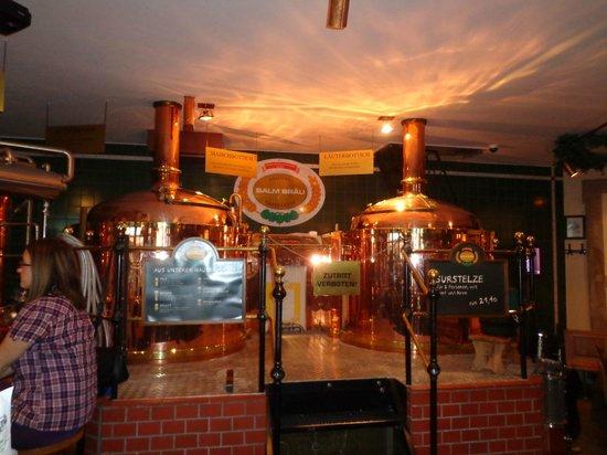 Salm Bräu: Local onde fabrica a cerveja