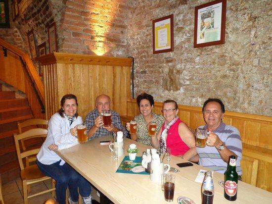 Salm Bräu: Familia e amigos