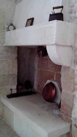 Salento Guesthouse B&B : Another oven