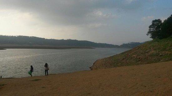 Umiam Lake: heaven on earth
