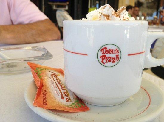 Toni's Pizza: Cappuccino