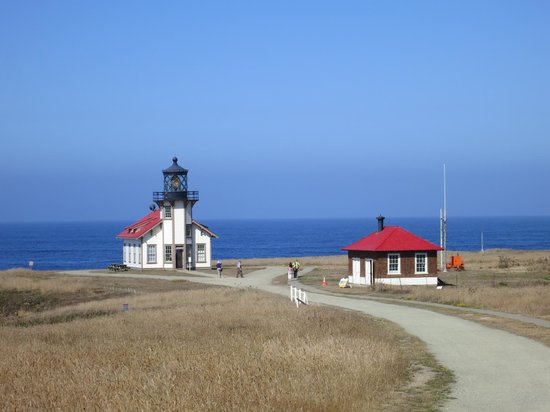 Point Cabrillo Light Station State Historic Park : Point Cabrillo灯台