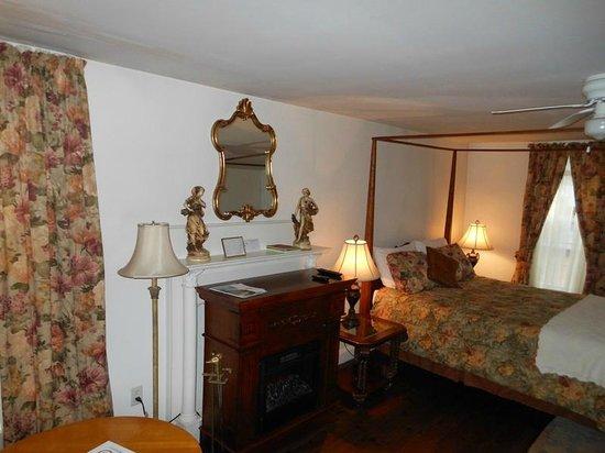 The Tilton Inn: Tilton Room