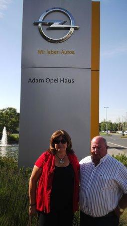 Hyatt Regency Mainz: Opel Haus Germany
