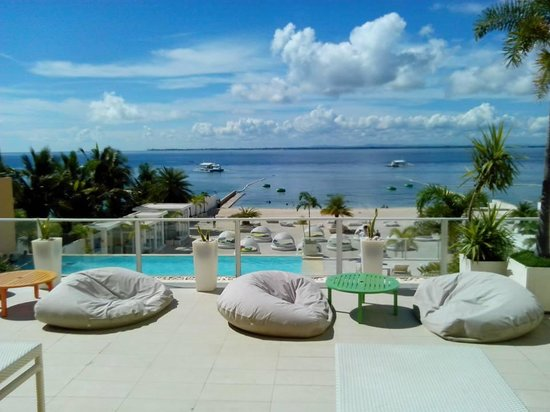BE Resort, Mactan: View from the dining area