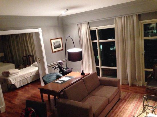 Gran Estanplaza Berrini : Sala da suite