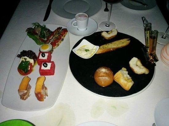 Taj Exotica Goa: Dining