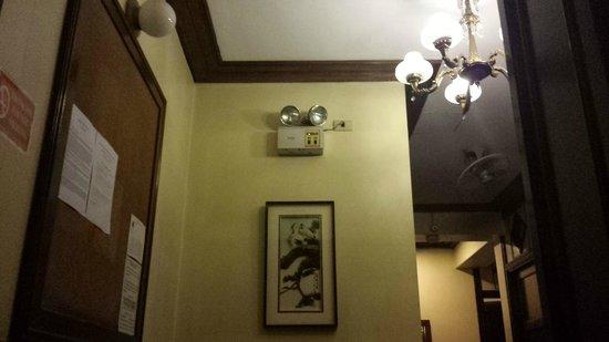 Malate Pensionne: Interior decoration