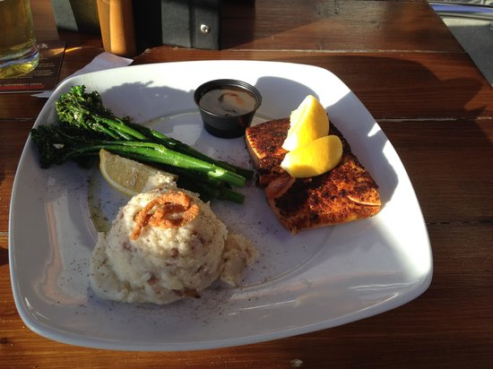 Original Joe's: Salmon with Grilled Broccolini and Garlic Mashed