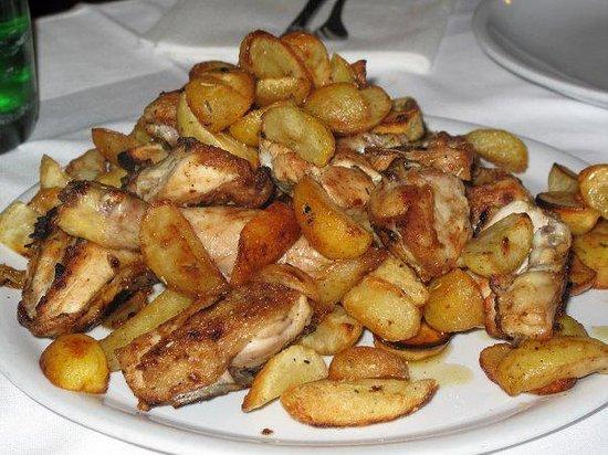 pollo - Foto di La Terrazza, Mercato San Severino - TripAdvisor